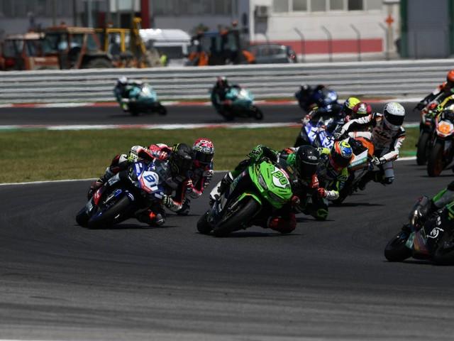 Jerez in Spanien: 14-Jähriger stirbt nach Motorradrennen