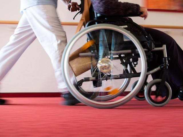 Streit um Tarife: VdK warnt vor Folgen für Pflegebedürftige