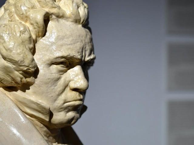 Beethoven führt Touristen durch Wien