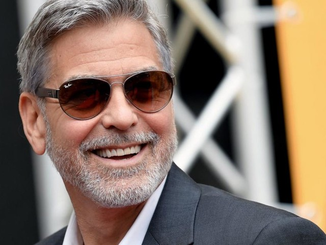 Warum George Clooney auf dem Sofa schläft - und trotzdem glücklich ist