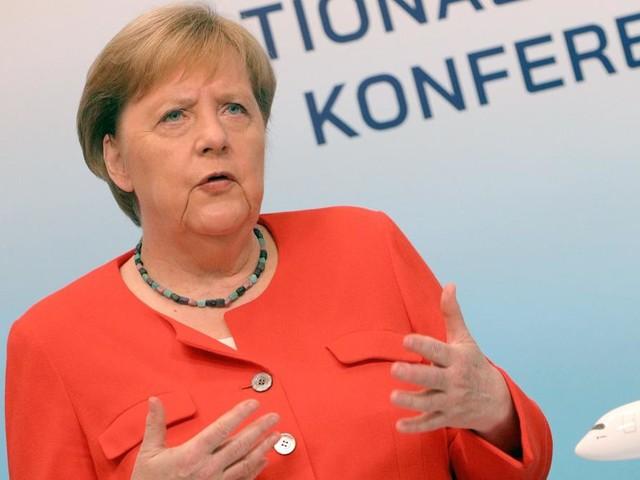 Merkel mahnt mit Blick nach Großbritannien zur Vorsicht bei Lockerungen