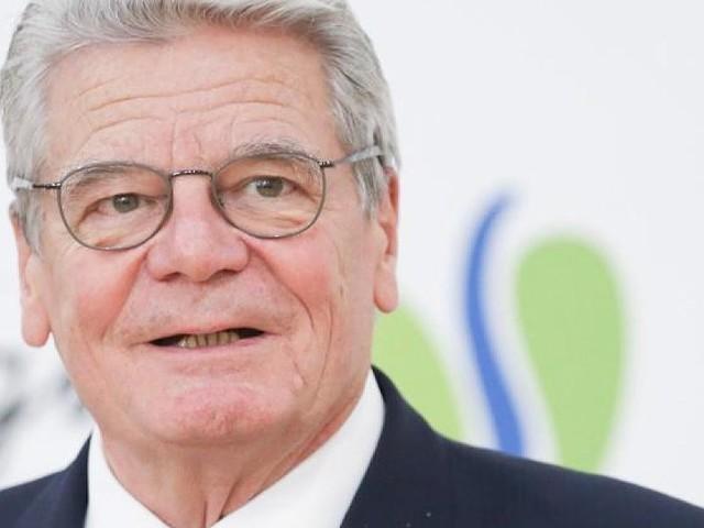 """Nach Schalke-Skandal - """"Klingt zu rassistisch"""": Ex-Bundespräsident Gauck zu Tönnies-Aussagen"""