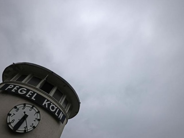 Gewittergefahr in westdeutschen Katastrophengebieten
