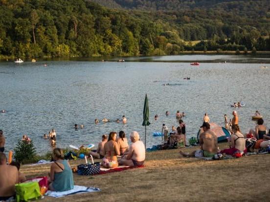 Erste Tote nach Sommer-Wochenende: Mindestens 5 Menschen tot