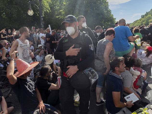 Proteste gegen Corona-Maßnahmen: Demokratie ohne Mundschutz