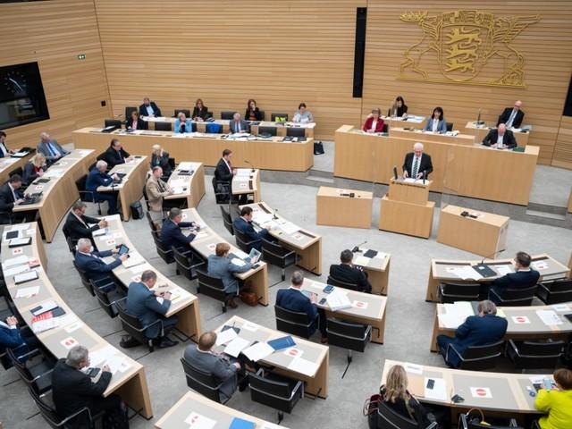 Baden-Württemberg: Stuttgarter Landtag hätte Nein zum AfD-Kandidaten sagen können