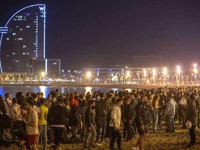 Ende des Corona-Notstands: Die Spanier feiern, als wäre Corona schon vorbei