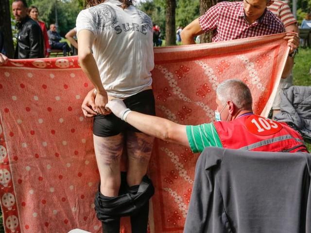 Lukaschenko lenkt ein, doch er fällt nicht um