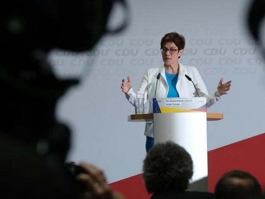 CDU-Vorsitz - Kramp-Karrenbauer: Gespräche mit allen drei potenziellen Kandidaten in der kommenden Woche