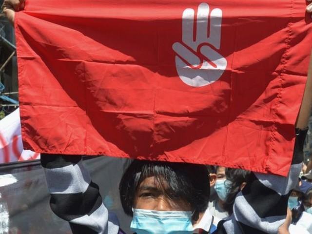 100 Tage nach Putsch: Proteste gegen Militärs in Myanmar reißen nicht ab