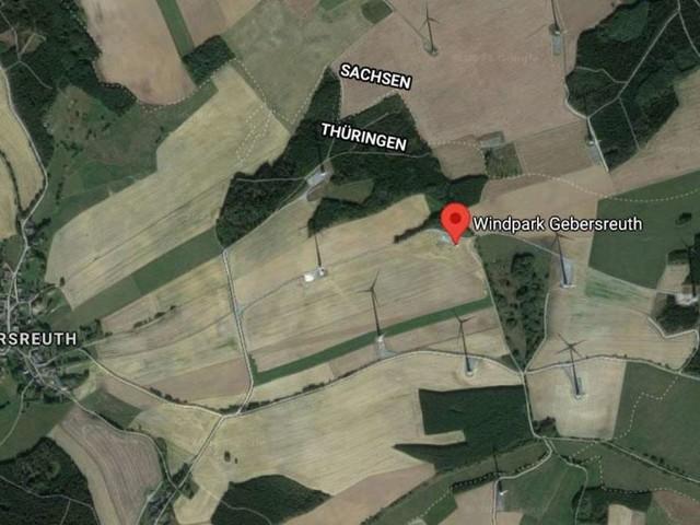 Kleinflugzeug kracht in Windrad: Pilot stirbt bei Absturz - Erste Details bekannt