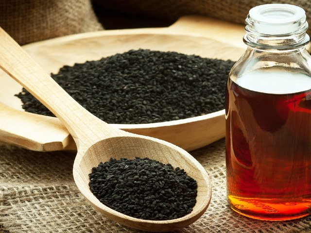 Schwarzkümmel-Öl mit positiver Wirkung bei Diabetes