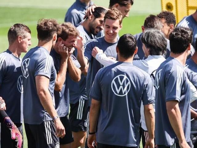 Neuer, Müller und Kroos vor Einsatz bei 6. Fußball-Turnier