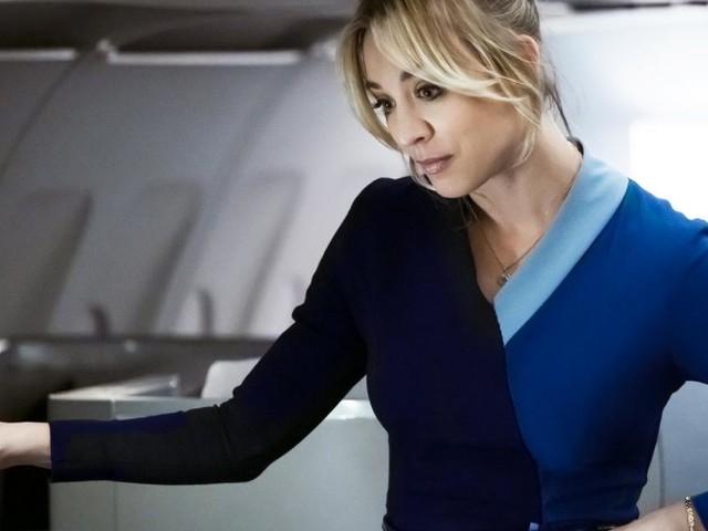 """The Flight Attendant"": Rasantes Krimi-Vergnügen mit Kaley Cuoco"