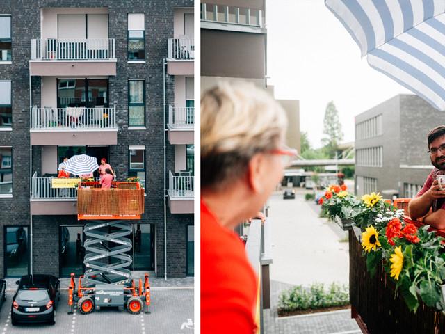 Ein mobiler Balkon, mit dem man seine Nachbarn von nebenan besuchen kann