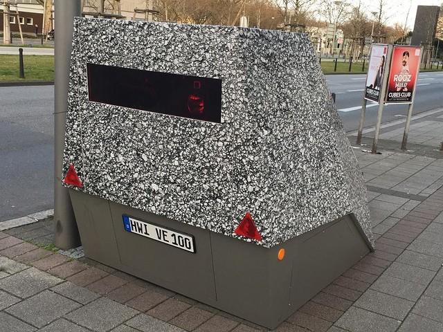 """In Hamburg - Mit Farbe besprüht: """"Panzerblitzer"""" sind nach Anti-Blitzer-Aktion unbrauchbar"""