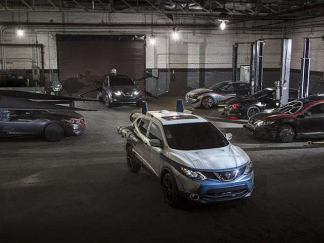 Autos im Star Wars Look in Los Angeles | Nissans Hommage an Star Wars