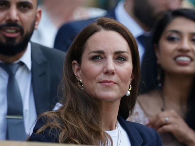 Herzogin Kates Absage für Dianas Statuen-Enthüllung hat mit Nachwuchs zu tun