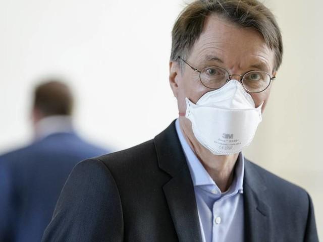 Lauterbach: Rückfall bei Curevac keine Gefahr für Impfversprechen