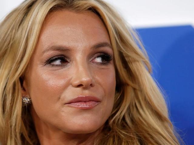 Britney Spears' eigenartige Körpersprache sorgt bei Fans für Verwirrung