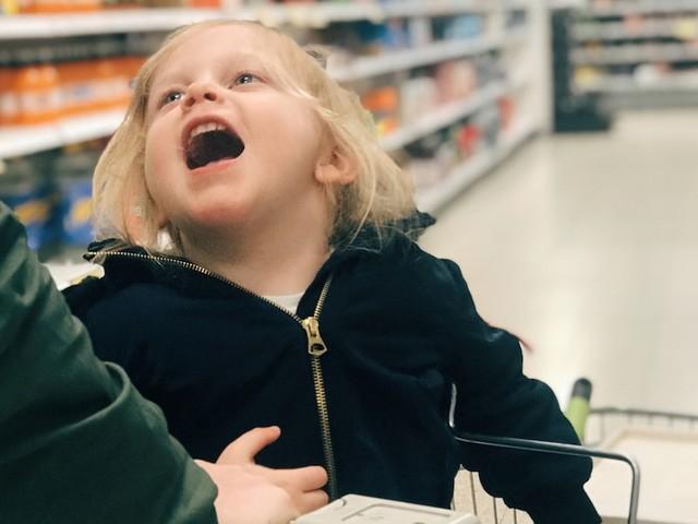 Dreijährige muss aufs Klo - Mutter entsetzt über Lidl-Mitarbeiter - Kind darf nicht auf Toilette und soll in Hose machen