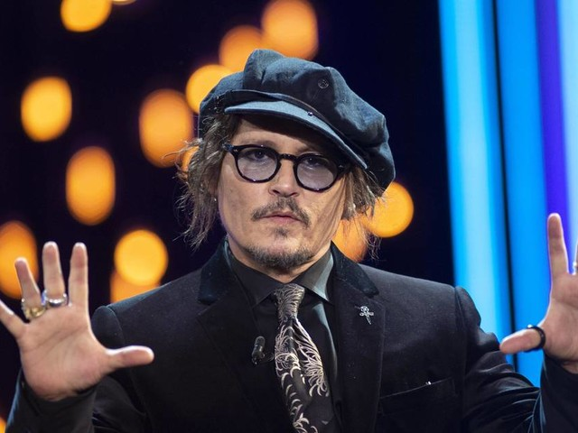 """""""Niemand ist sicher"""": Johnny Depp prangert Cancel Culture an"""
