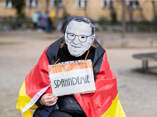 """Grundrechte: Spahn kündigt """"Freiheiten"""" für Geimpfte nach dritter Welle an"""