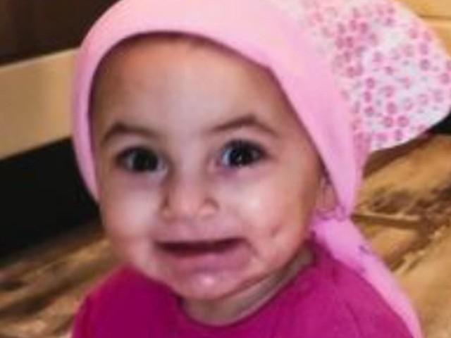 Köln: Eltern entführen offenbar Baby von Jugendamt – Polizei sucht mit Fotos