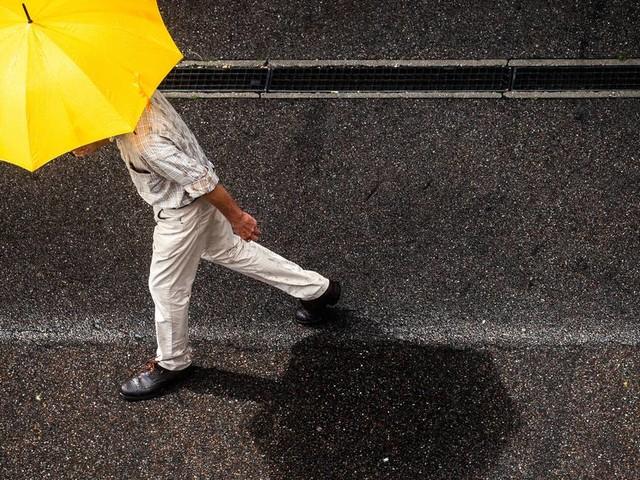 Wetter vor dem Wochenende: Schauer und einzelne Gewitter in NRW erwartet