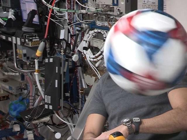 Tests auf der ISS: Adidas entflieht der Schwerkraft