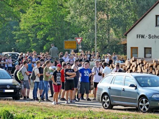"Wegen andauernder Hass-Demos gegen Youtuber ""Drachenlord"": Dorfgemeinde greift durch"