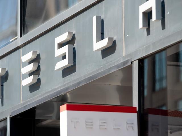 Überflieger und Branchenschreck: Was ist dran am Tesla-Hype?