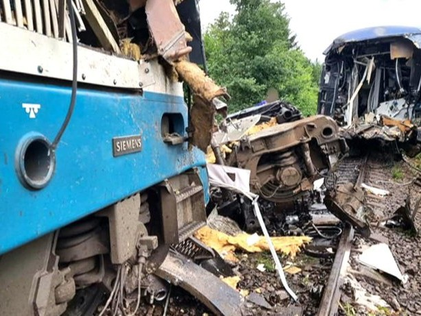 Tote und Verletzte bei Zugunglück in Tschechien