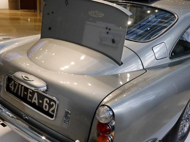 Bonds legendärer Aston Martin für über 6 Millionen Dollar versteigert