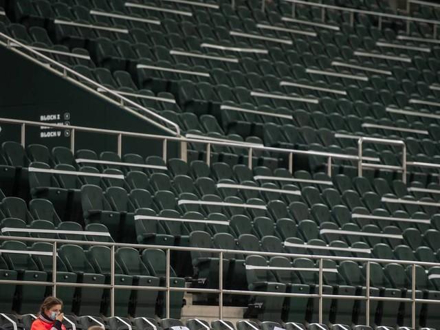 Vor Beratungen am Mittwoch: Laschet plädiert für bundeseinheitliche Regelung für Zuschauer in Stadien