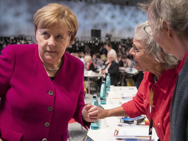 Historikerin über Merkel: Für diesen Fehler wird sie in die Geschichtsbücher eingehen