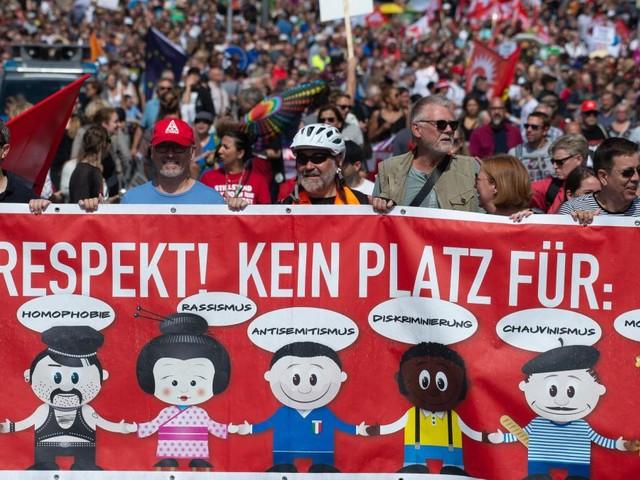8000 Menschen protestieren gegen rechte Demo in Kassel