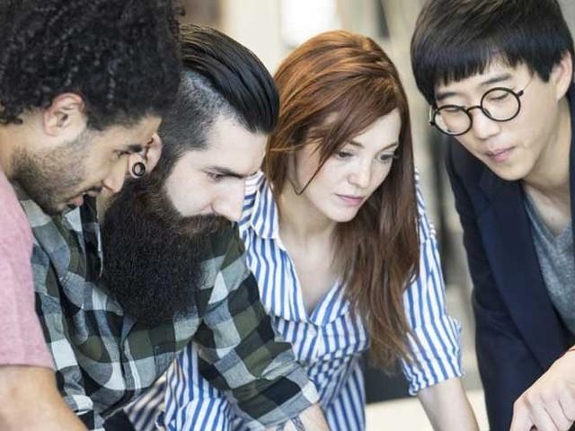 Warum immer groß denken? Die Vorteile kleiner Unternehmen für Berufseinsteiger