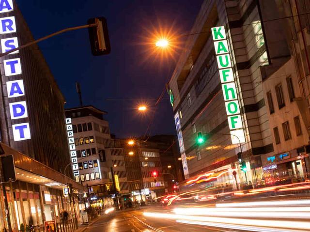 Während des Weihnachtsgeschäfts: Gewerkschaft Verdi droht mit Streiks bei Kaufhof