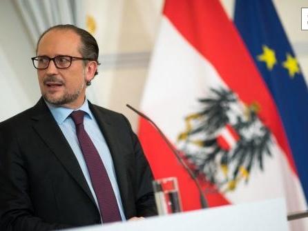 Österreichische Regierung droht Ungeimpften mit Lockdown