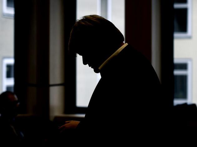 Ex-Landrat von Hameln wieder im Fokus: Der Shitstorm ist immer schon da