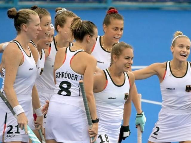 Erst Gewitter, dann Sieg: Hockey-Damen überzeugen