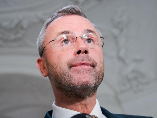 """FPÖ-Hofer warnt Kurz vor Koalition mit """"Weltuntergangssekte"""""""