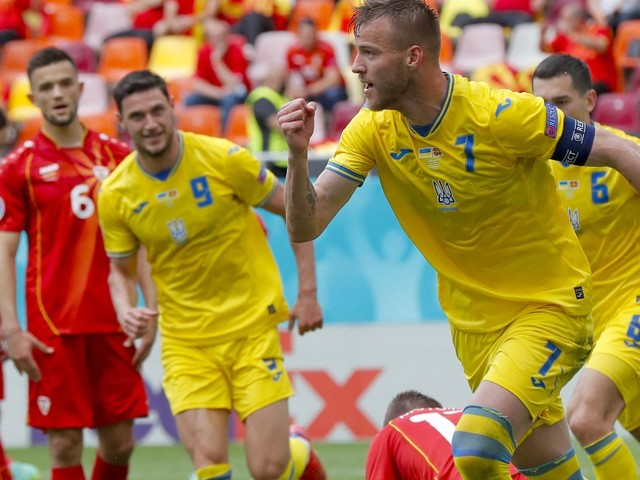 2:1 gegen Nordmazedonien: Die Ukraine zittert sich ins Ziel