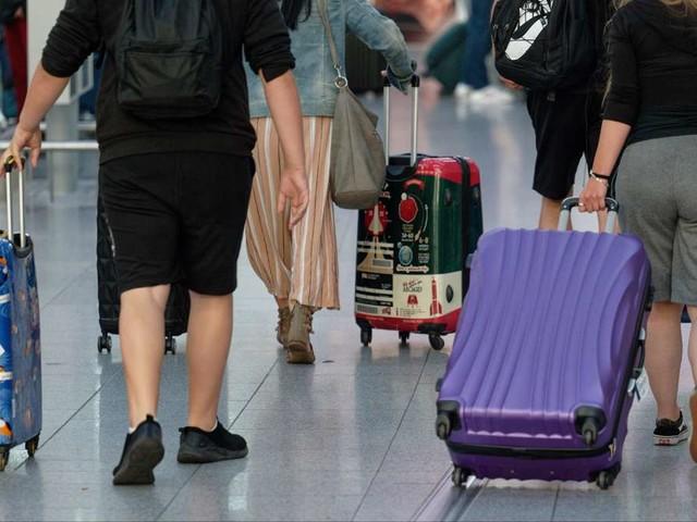 """Corona: RKI meldet wieder höhere Inzidenz – Weltärztechef: """"Wird durch Reiserückkehrer ganz klar steigen"""""""