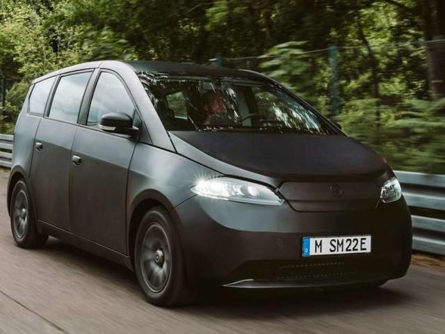 Sono Sion ausprobiert: So fährt sich das kleine Elektroauto aus München