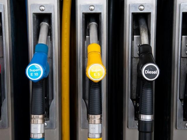 Benzinpreis: Tankstellen ändern ihn immer häufiger