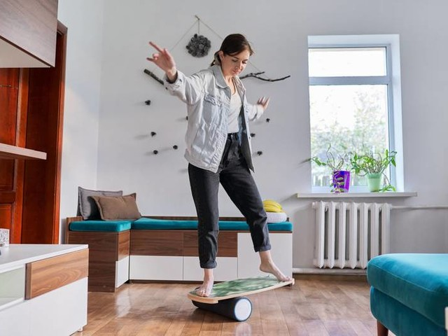 FIT FOR FUN Daffy Board: Dein Surfbrett fürs Wohnzimmer