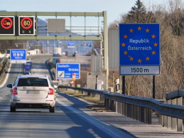 Ob digital oder zum Kleben: Reise nach Österreich nur mit Vignette
