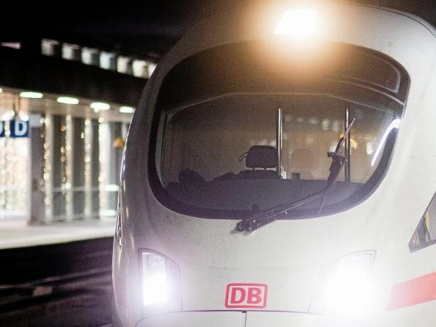 Deutsche Bahn: 400 Meter lang: ICE im XXL-Format fährt durch Deutschland